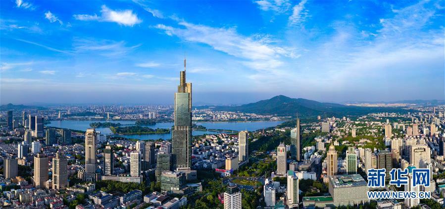 天空之眼瞰南京.jpg
