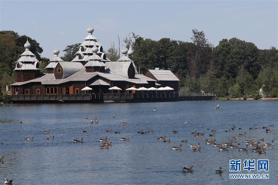 比利时天堂动物园的园林之美10.jpg