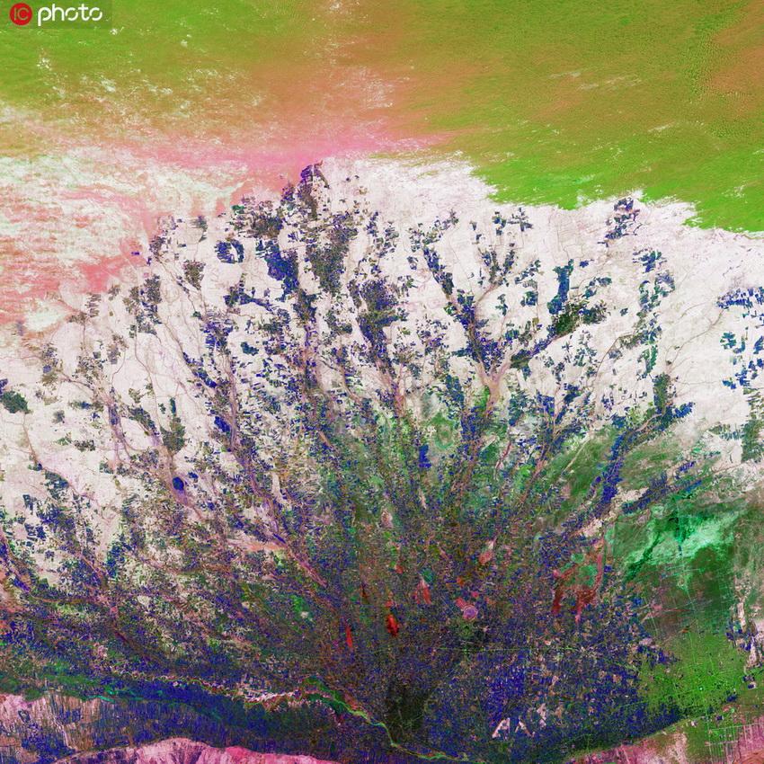 你沒見過的地球奇景 色彩斑斕美如油畫6.jpg