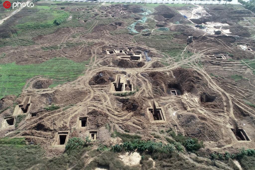 湖北襄陽發現東周楚國貴族墓葬群 已出土400多件國寶級文物.jpg
