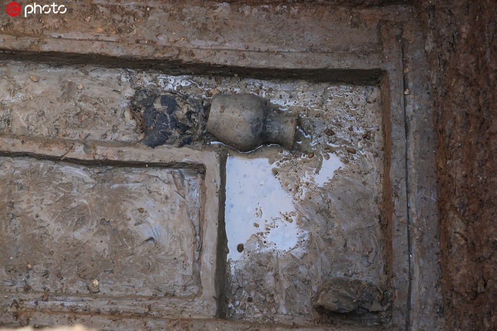 湖北襄陽發現東周楚國貴族墓葬群 已出土400多件國寶級文物4.jpg